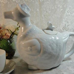Cordon Bleu International BIA Easter Duck Teapot
